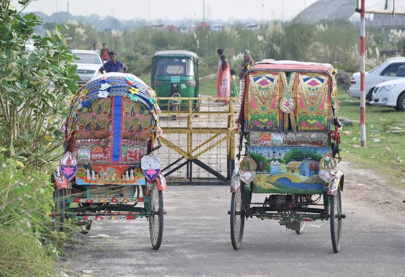 Красочная рикша, Дакка, Бангладеш стоковое фото rf