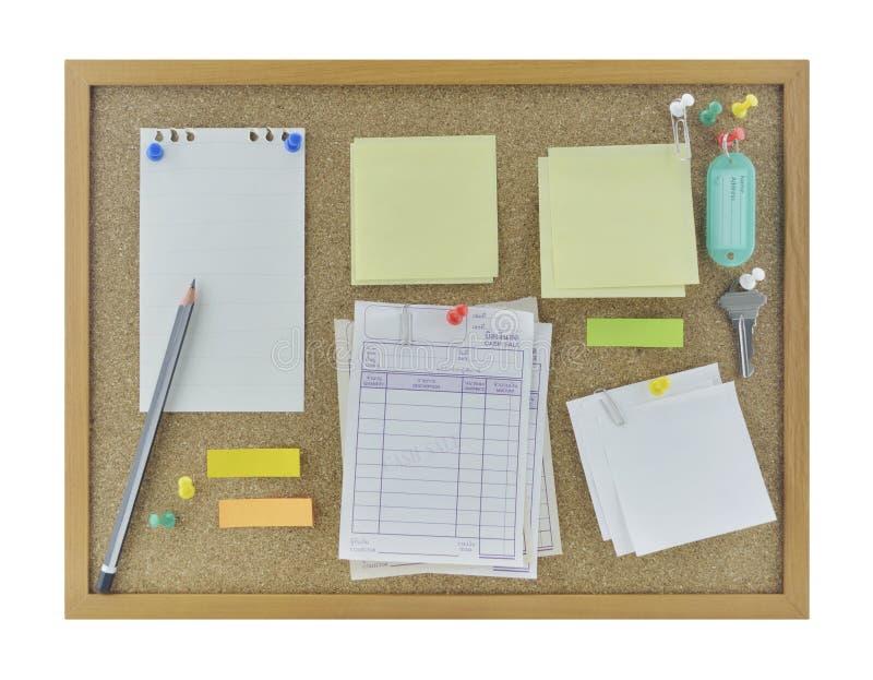 Красочное липкое имя примечаний, карандаша, штыря и бирки на пробковой доске, I стоковые фото