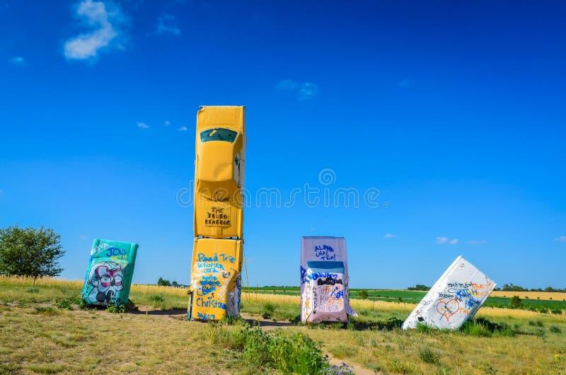Красочное Carhenge - союзничество, NE стоковое фото