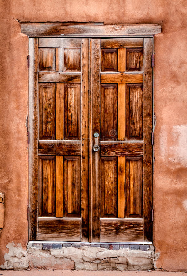 Красочные двери Санта-Фе, NM стоковое фото rf