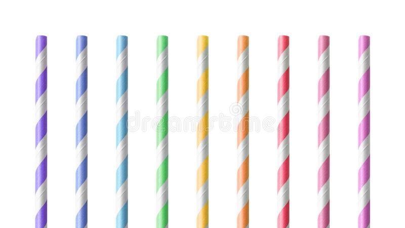 Красочные выпивая соломы изолированные на белой предпосылке Трубка напитка сделанная из материала бумаги Путь клиппирования стоковое изображение