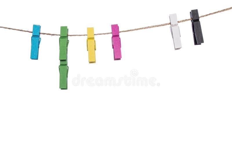 Красочные зажимки для белья на веревке для белья, домашнем хозяйстве колышка связи струбцины стоковое фото