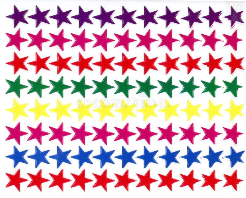 Красочные звезды яркого блеска на предпосылке изолированной белизной иллюстрация вектора
