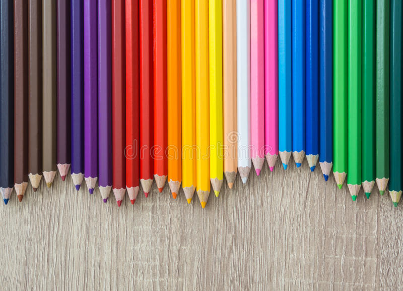 Красочные карандаши закрывают вверх стоковое изображение