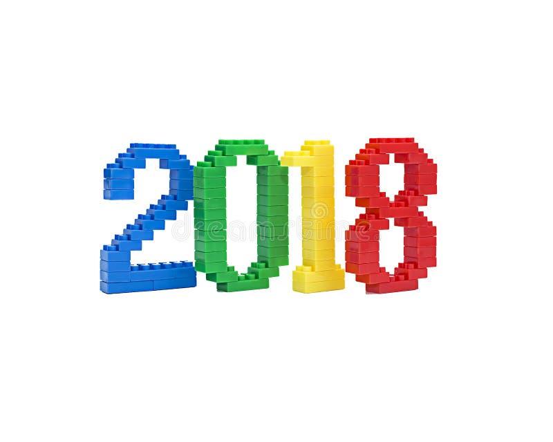 Красочные пластичные строительные блоки нумеруя ` ` 2018 белизна изолированная предпосылкой стоковая фотография