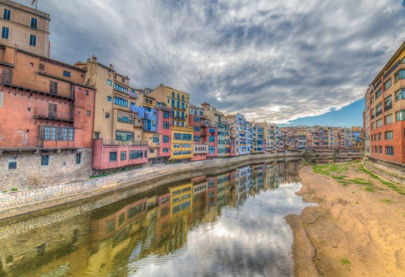 Красочные рек-передние дома всех форм и размеров, покрашенные внутри стоковые изображения rf