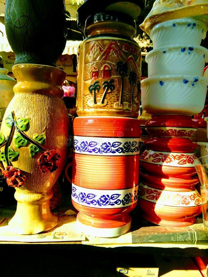 красочные сосуды глины стоковые изображения rf