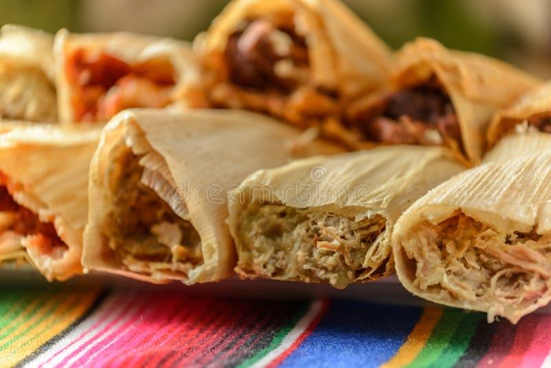 Красочные традиционные мексиканские блюда еды стоковые фотографии rf