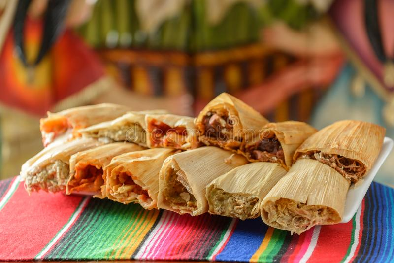 Красочные традиционные мексиканские блюда еды стоковое фото rf