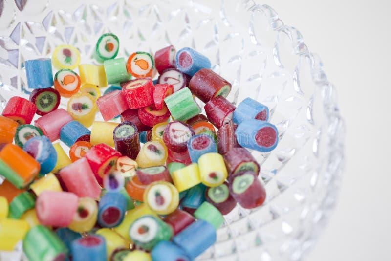 Красочные handmade конфеты в кристаллической коробке стоковое изображение