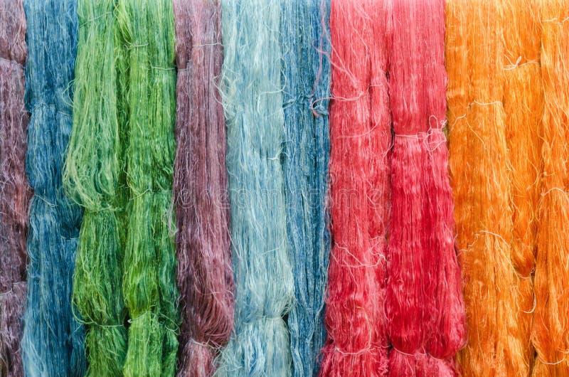 Красочные silk пряжи стоковые фото