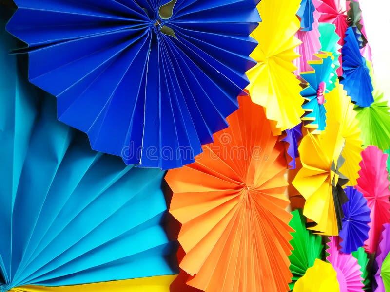 Красочный бумажный фон дуновения стоковое изображение