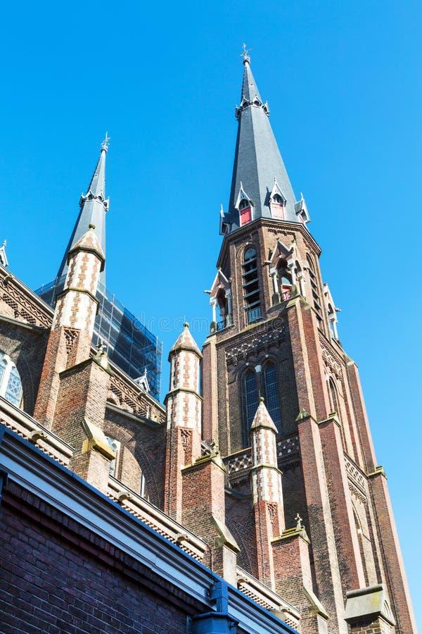 Красочный взгляд башни церков в Делфте, Голландии стоковая фотография