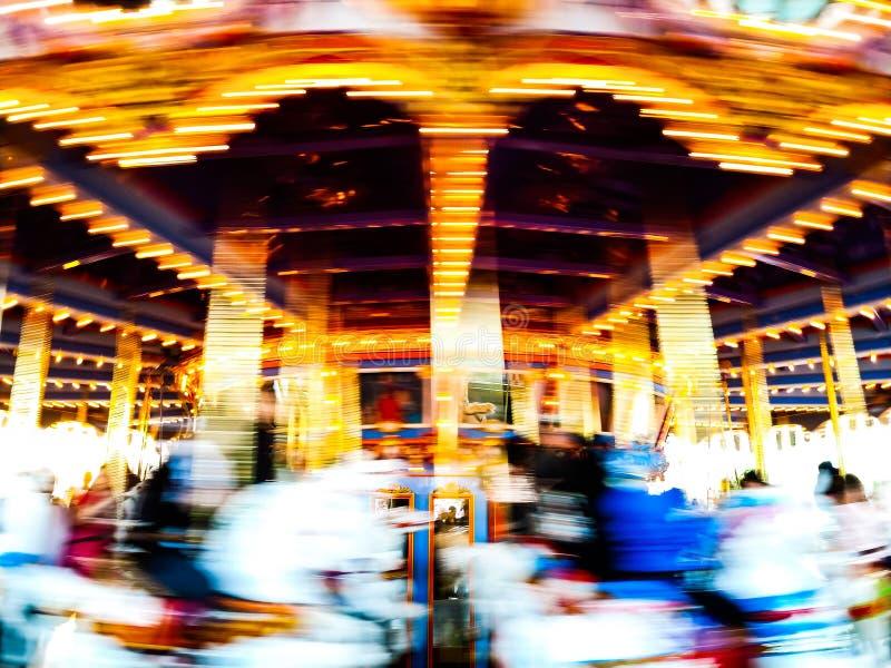 Красочный винтажный carousel в движении стоковая фотография rf