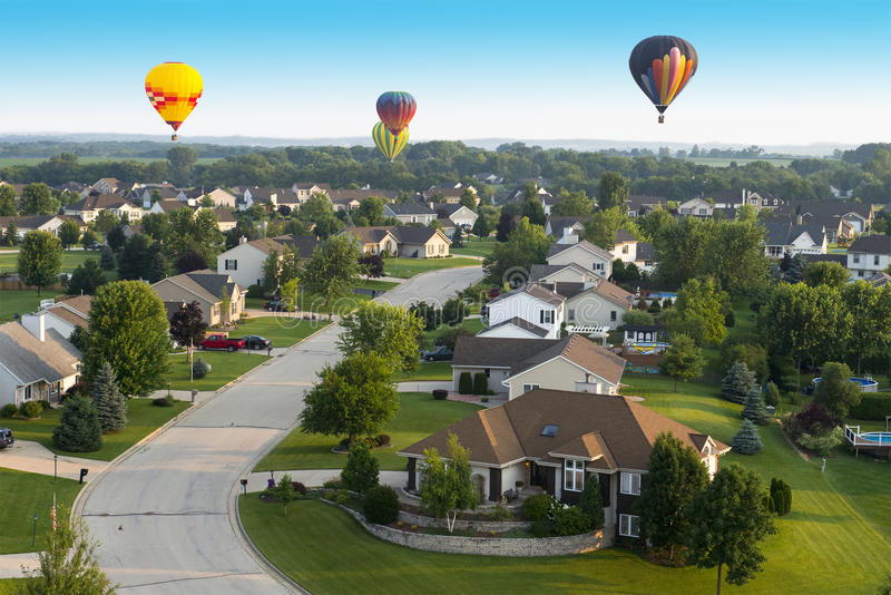 Красочный горячий полет воздушного шара, серии цветов стоковое изображение