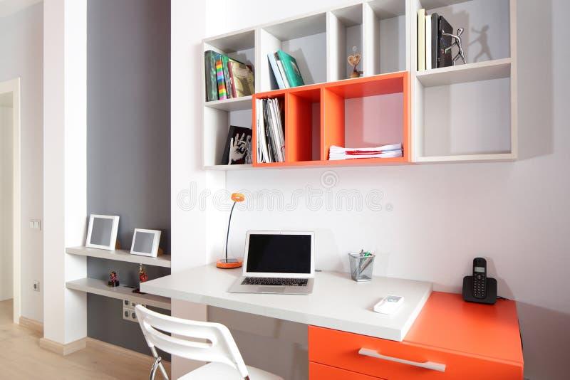 Download Красочный интерьер комнаты детей Стоковое Фото - изображение насчитывающей ares, яркое: 40575076