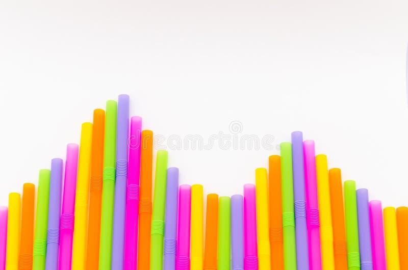 Download Красочный предпосылки выпивая соломы Стоковое Изображение - изображение насчитывающей влияние, цвет: 41655761