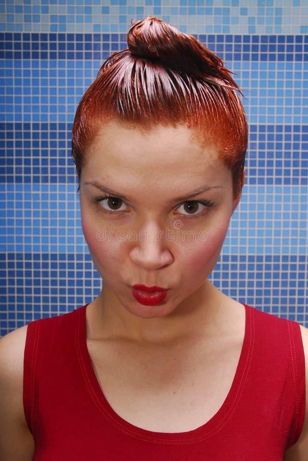 крася волосы стоковая фотография rf