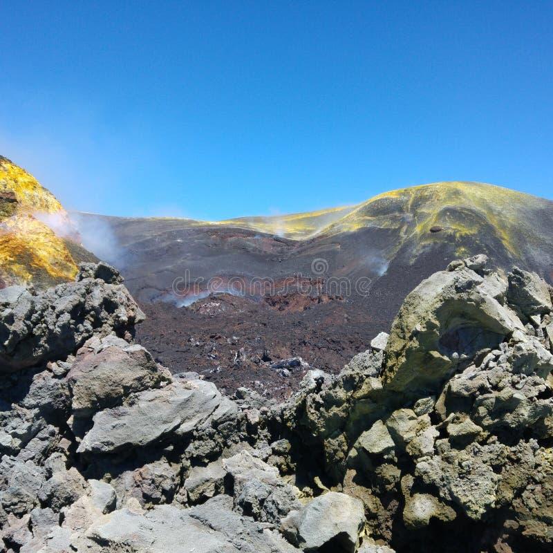 Кратер централи Этна стоковые фото