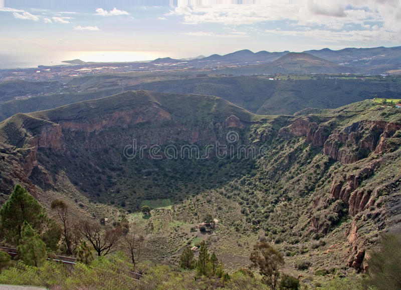 кратер bandama стоковые фотографии rf
