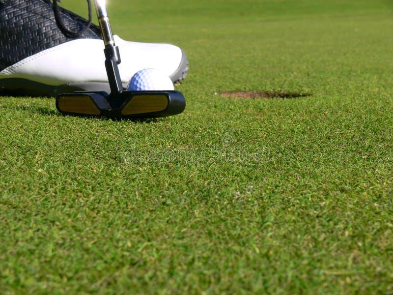 краткость putt гольфа стоковая фотография