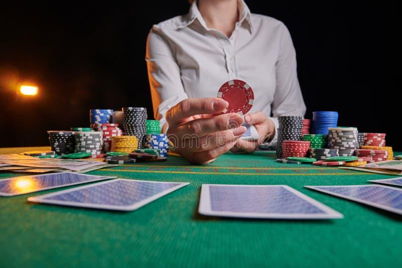 Делает ставки в казино флеш игровые автоматы демо