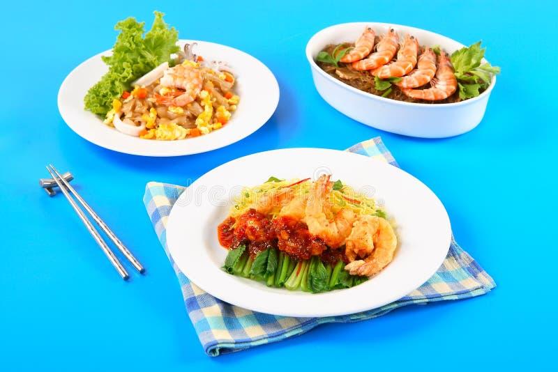 Креветка варя с лапшой фасоли и зажаренными лапшами с морепродуктами стоковое изображение rf