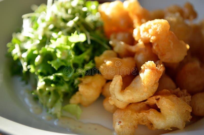 Креветка попкорна с соусом тартара стоковое изображение