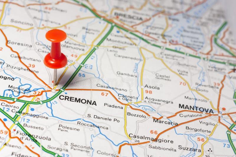Кремона приколола на карте Италии стоковая фотография rf