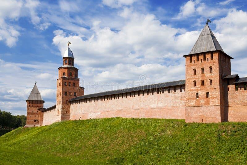Кремль огораживает в Новгороде большой (Veliky Новгород), стоковая фотография rf