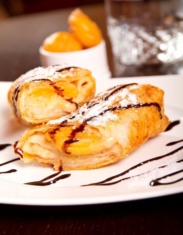 Download Крен десерта персика стоковое изображение. изображение насчитывающей золотисто - 37927619