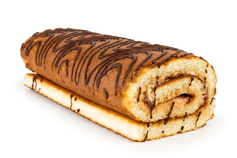 Крен печенья покрытый с крупным планом шоколада на белизне изолировано стоковое фото