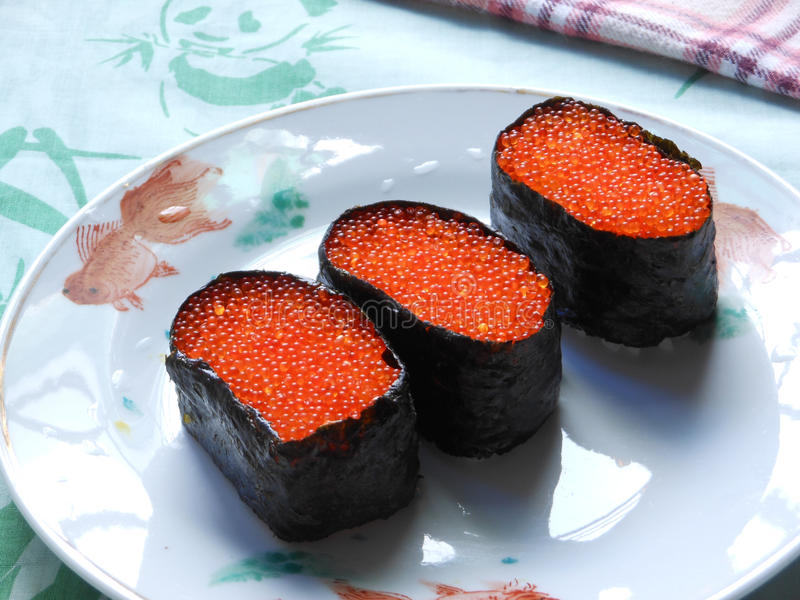 Крен суш икры Salmon косуль красный стоковая фотография rf
