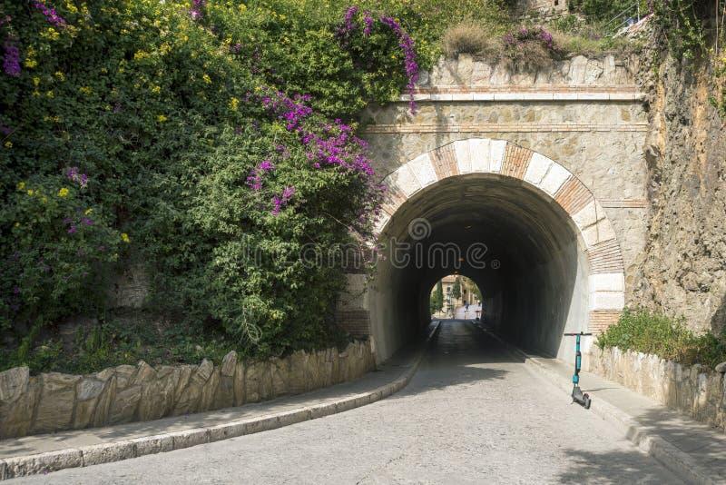 Крепость Alcazaba арабское городище на держателе Gibralfaro в испанском городе m? laga archaism стоковое фото
