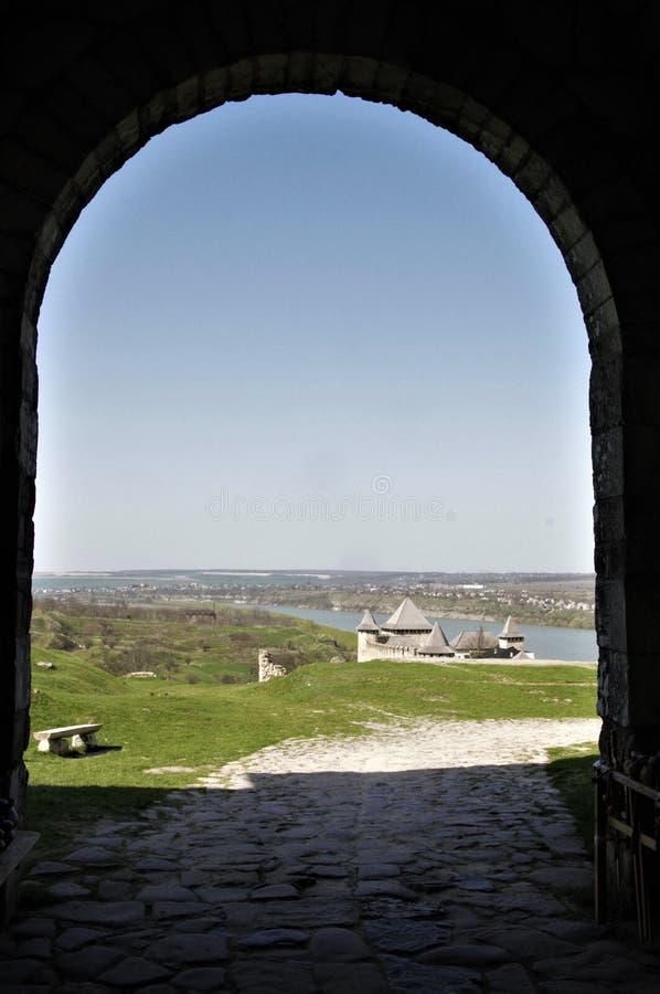 Крепость Khotyn все еще один из самых красивых архитектурноакустических памятников Украины стоковое изображение