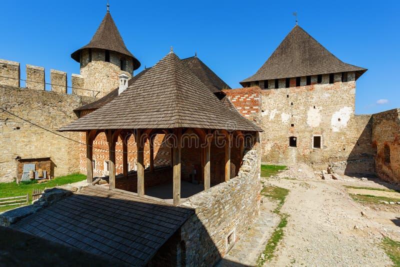 Download Крепость Khotyn, Украина стоковое фото. изображение насчитывающей башня - 40587852