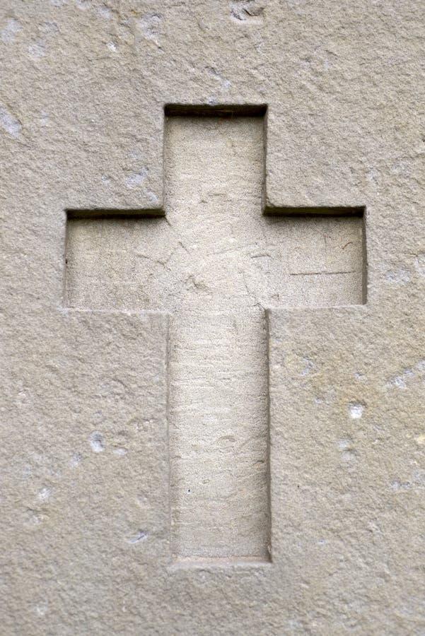 Крест в стене стоковые изображения rf