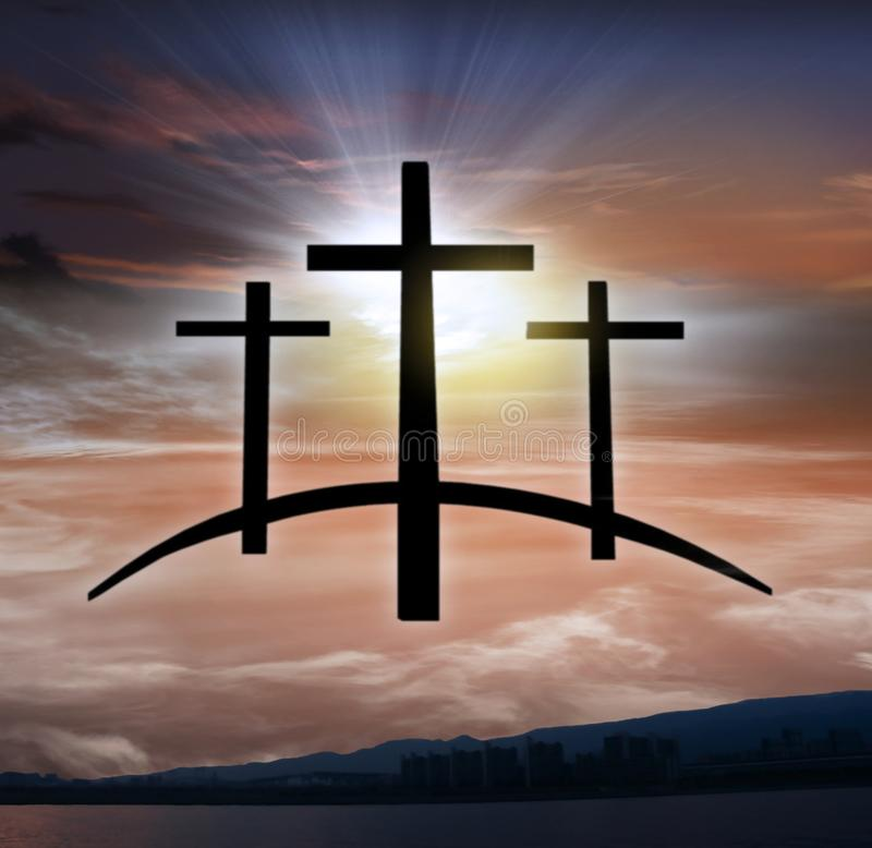 Крест ` s бога Свет в темном небе вероисповедание jesus рая предпосылки стоковое изображение rf