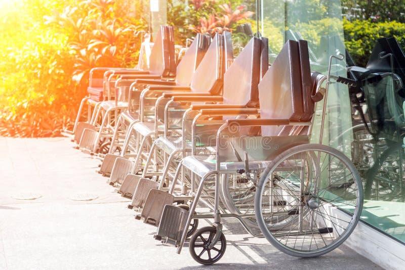 Кресло-коляска для пациента стоковые изображения