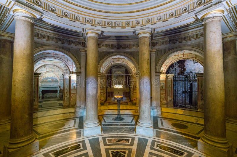 Крипта в базилике Santi XII Apostoli, в Риме, Италия стоковое изображение