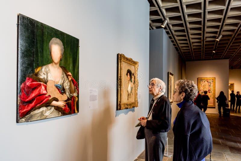 Критики искусства - встреченное Breuer - Нью-Йорк стоковые фото