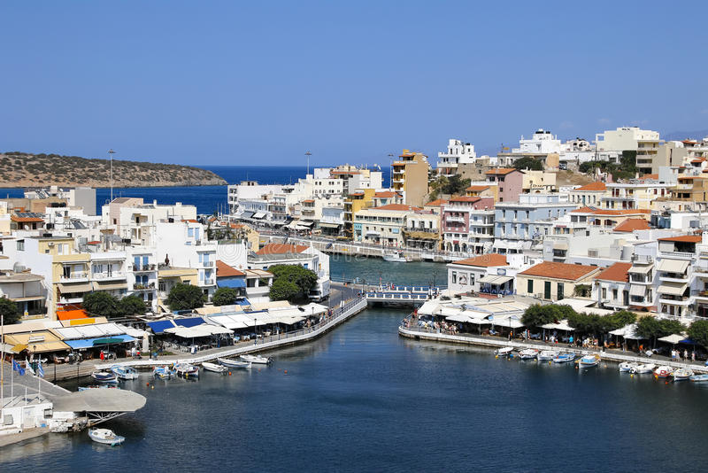 Крит Греция ажио nikolaos панорама Озеро Voulismeni стоковая фотография