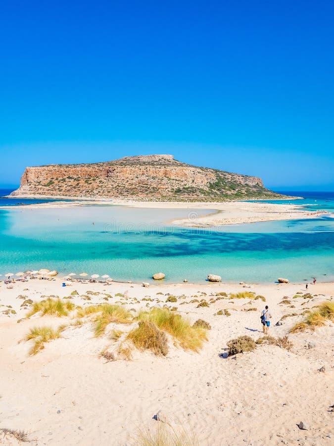 Крит, Греция: Взгляд лагуны Balos paradisiacal пляжа и моря стоковое фото