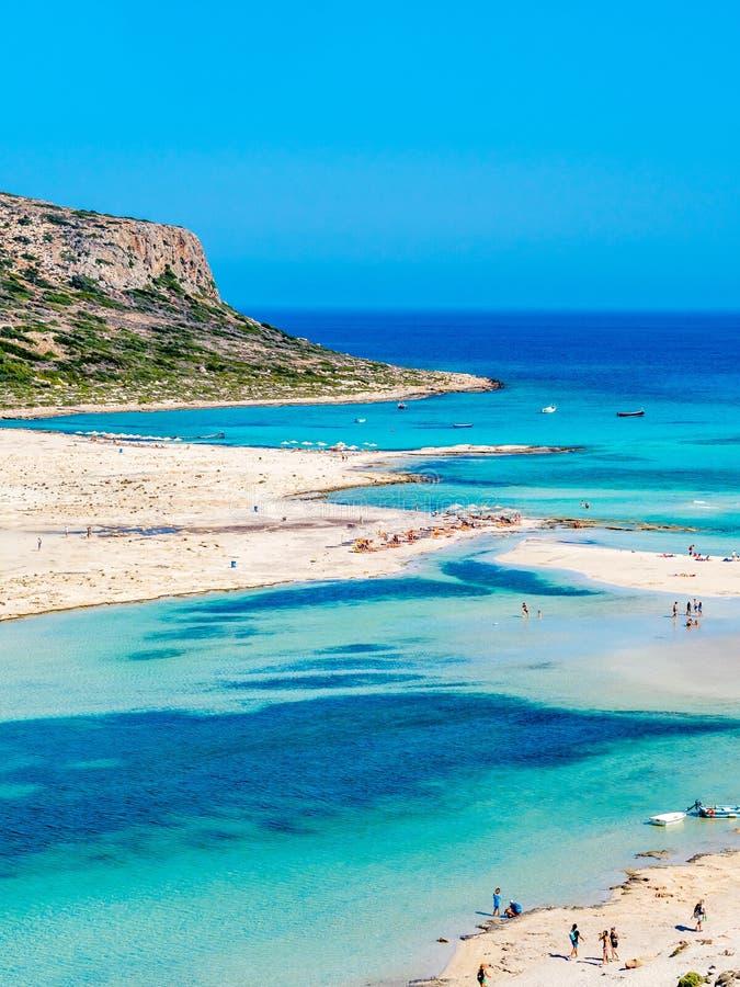 Крит, Греция: Взгляд лагуны Balos paradisiacal пляжа и моря стоковое изображение