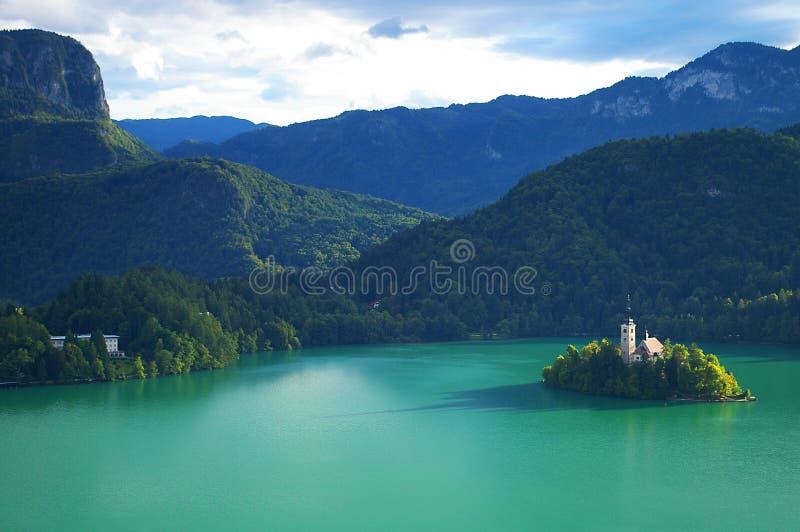 Кровоточенное озеро и предположение церков Mary стоковые фото