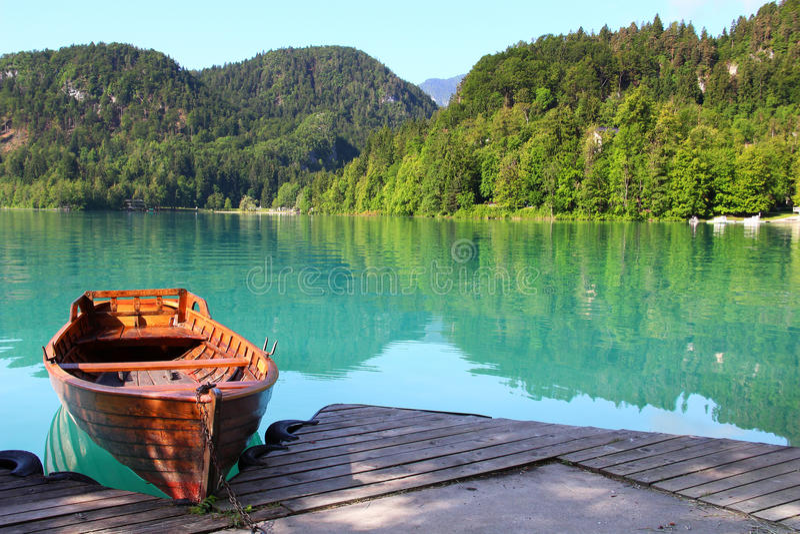 кровоточенное озеро Словения стоковые фотографии rf