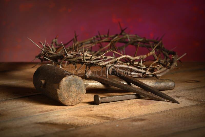 Крона терниев, мушкела и ногтей стоковое изображение rf