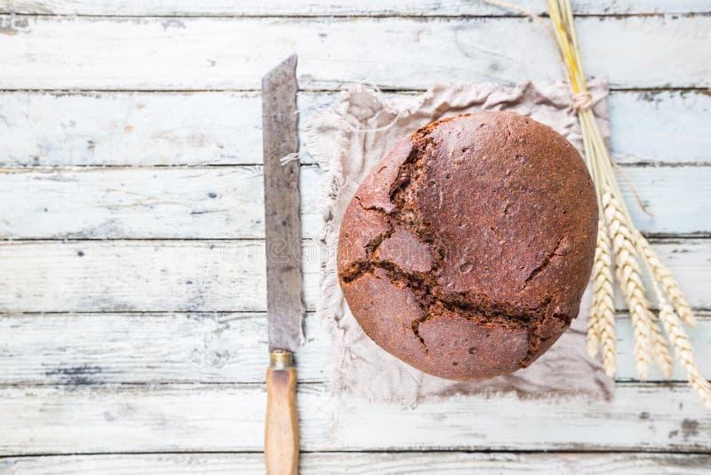 Круглый хлеб рож стоковые изображения rf
