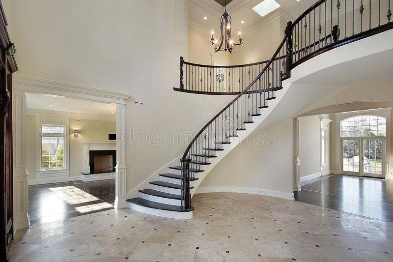 круговая лестница фойе стоковое фото rf