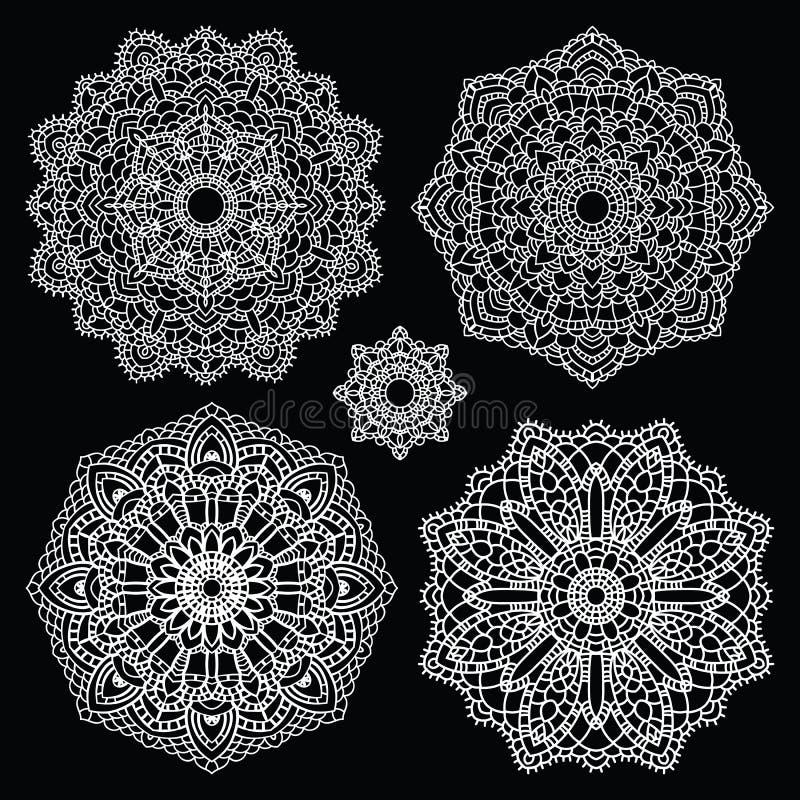 Круглый комплект картины шнурка мандала иллюстрация штока